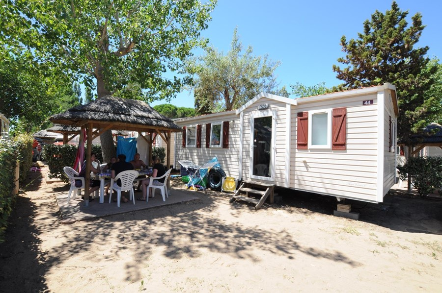 Location mobil-home 8 personnes Vias